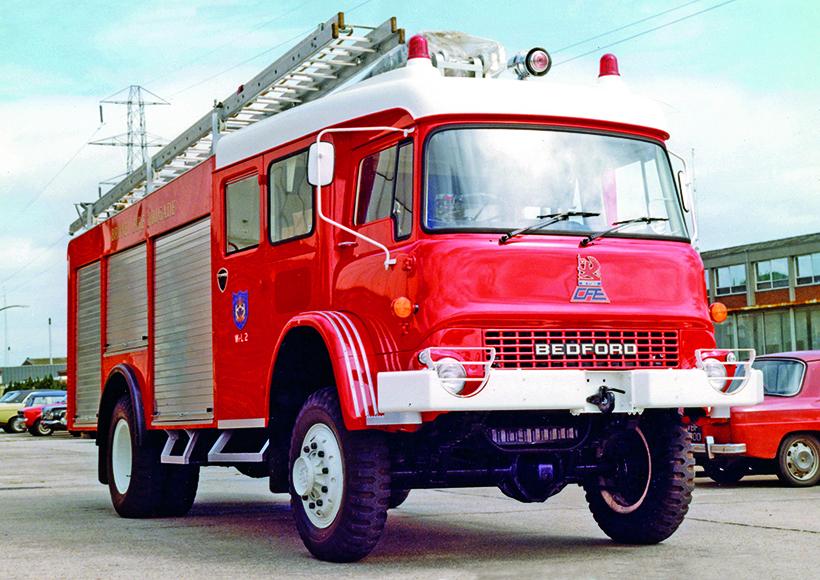 versatile Bedford M-Type