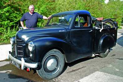 A working, 1950s pick-up