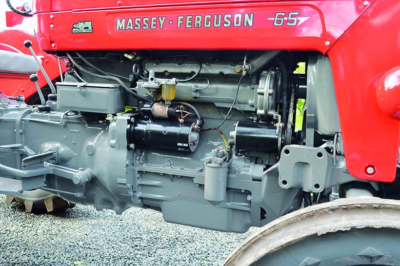 Massey Ferguson 65 Perkins engine