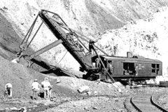 Giant steam shovels