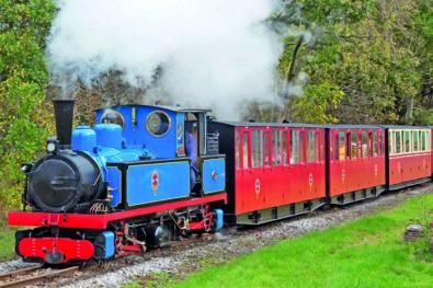 Kirklees Light Railway visit