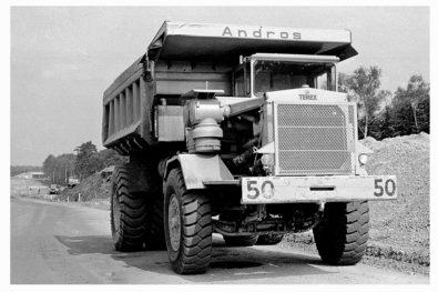 Building the M25 motorway