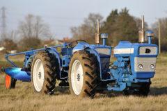 Unique 'Doe 3000' tractor build