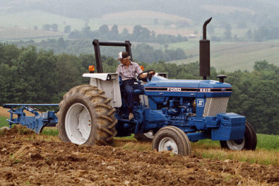 Spotlighting Ford's 6610 tractor