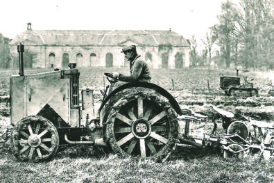 Renault's first proper tractor